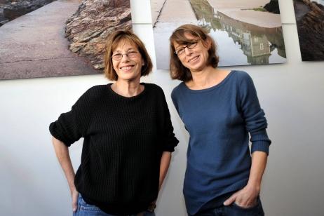 Jane Birkin (G) et sa fille Kate Barry (D) au Festival du film britannique de Dinard le 05 octobre 2012. © Maxppp - Marc Ollivier