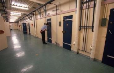 A Grenoble un homme placé en dégrisement se pend dans sa cellule