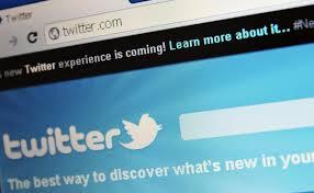 Twitter négocie sa collaboration avec l'entreprise spécialisée dans le paiement en ligne