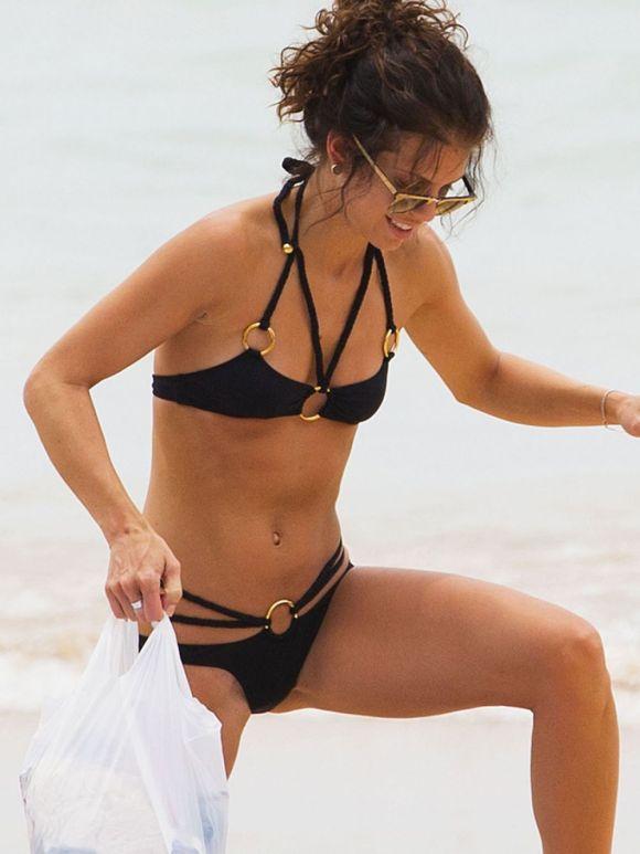 annalynne-mccord-in-bikini-on-the-beach-in-sydney-1_1