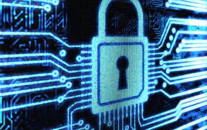 les mesures adoptées tentent de solidifier le niveau de sécurité des systèmes d'information et les moyens de défense du ministère