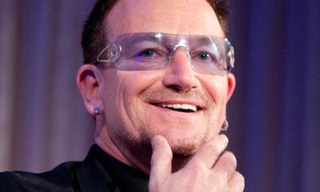 Les lunettes de Bono chanteur de U2