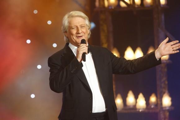 Le plus grand cabaret du monde sur France 2 : Vidéo de l'émission inédite avec Julien Lepers et Stéphane Plaza
