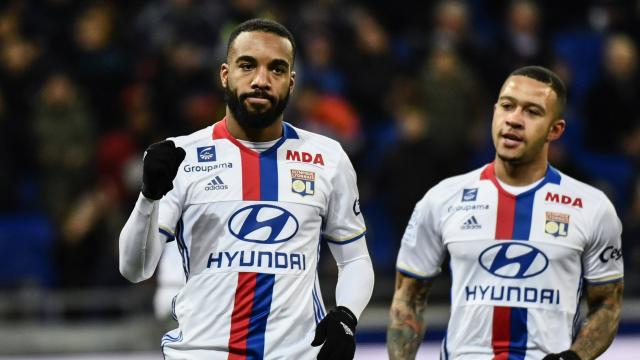 Match Ajax Lyon en direct live vidéo sur W9 et BeIn Sports : Voir le match de l'OL en Europa League en Replay
