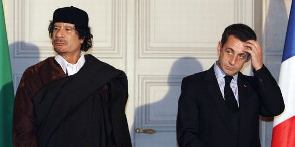 Mouamar Kadhafi & Nicolas Sarkozy