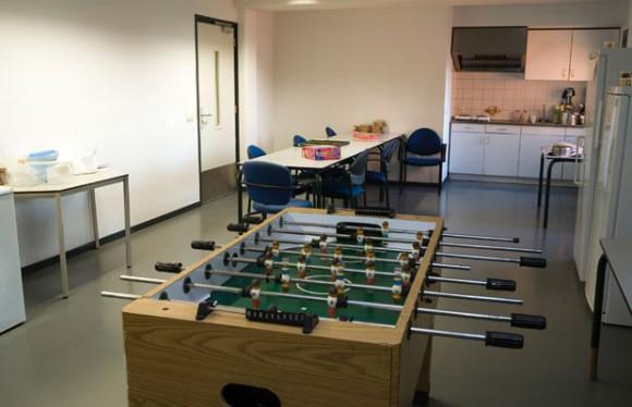 Salle à manger et salle de jeu pour changer d'ambiance
