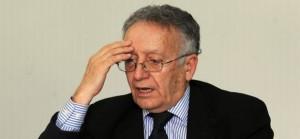 Yadh Ben Achour : Président de la Haute instance pour la réalisation des objectifs de la Révolution
