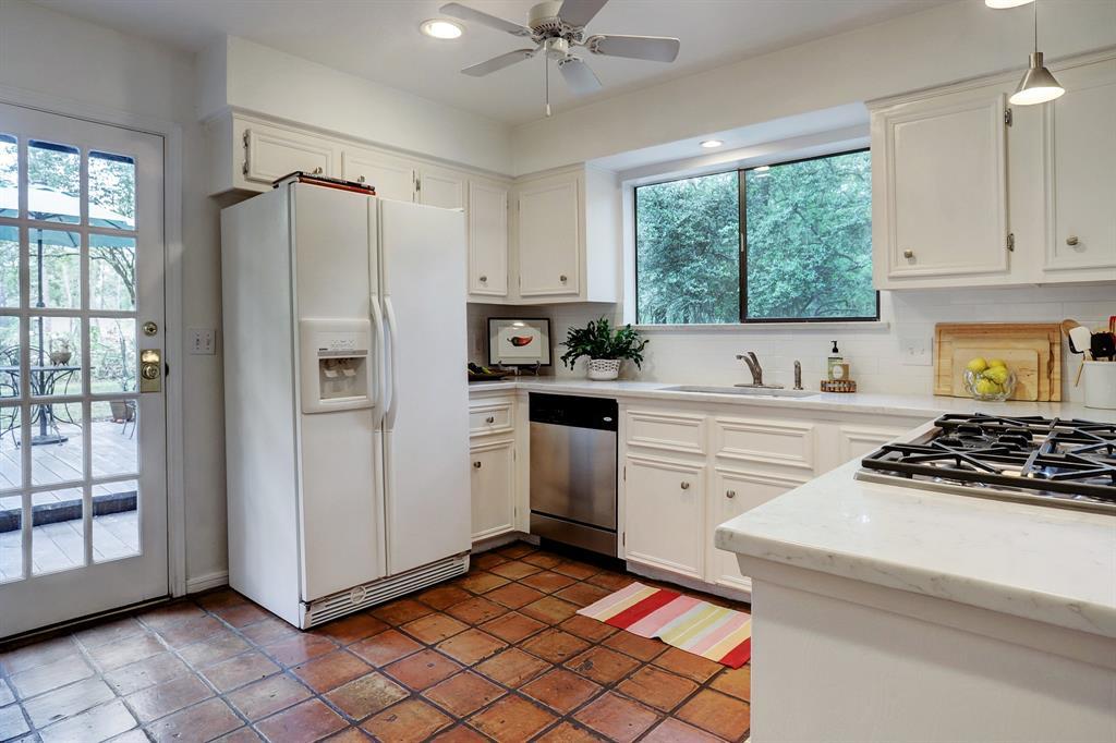 Kiva Kitchen And Bath Houston