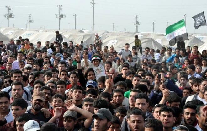 Yanlış yazılım yüzünden Türkiye'ye girmemesi gereken 5 bin mülteci girdi