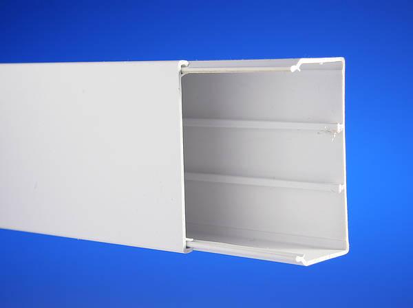 100mm x 50mm PVC Trunking  3mts  Univolt