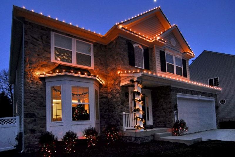Holiday Lighting 25