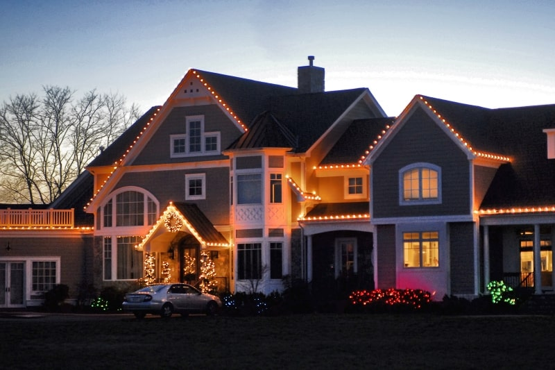 Holiday Lighting 3