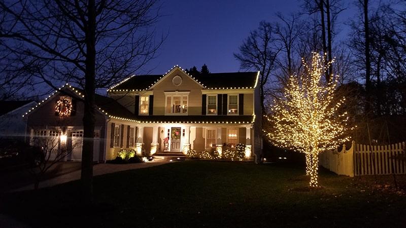 Holiday Lighting 33