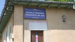 Școala din Dunavățu de Jos. FOTO Tlnews.ro