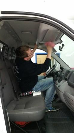 Transporter aufbereiten bei Fahrzeugpflege Massler