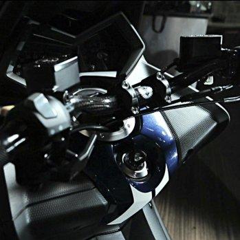 2012-yamaha-t-max-hyper-m-5_1600x0w