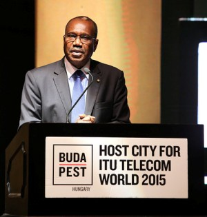 ITU Generalsekretär Hamadoun I. Touré verkündet Budapest als Gastgeber für 2015