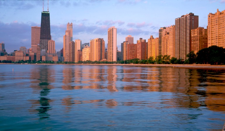 Condé Nast Traveler's Readers' Choice Awards Names Chicago As Best Big City In The U.S.