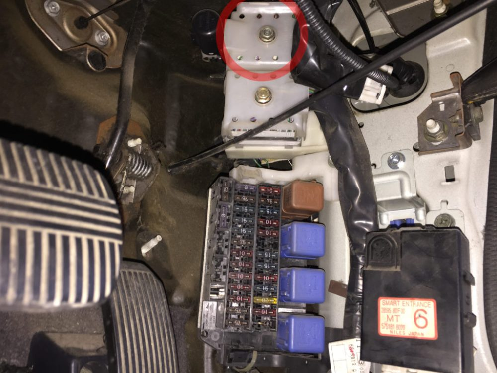 medium resolution of nissan silvia s14 white connector under dashboard