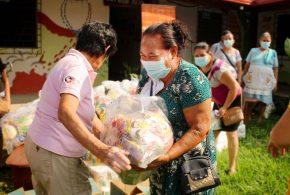 PAM de Los Ranchos y Guarjila reciben paquete solidario.