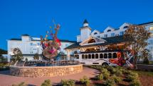 Dollywood' Dreammore Resort & Spa In Pigeon Forge Tn