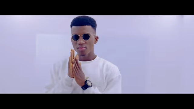 VIDEO: Kofi Kinaata – Single and Free