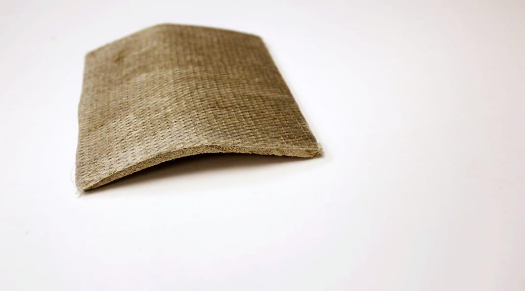 Flachsfaser-Armierung für Holzsurfbrett