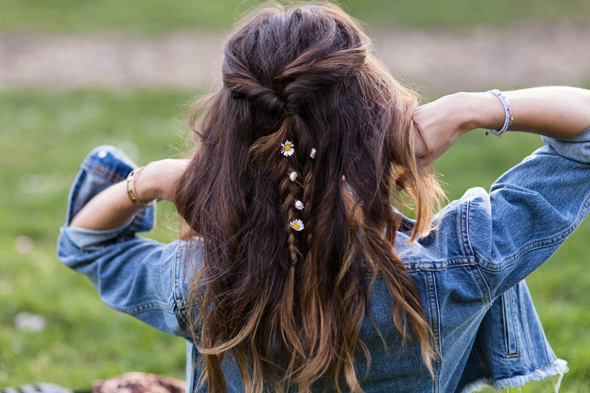 A Simple Step By Step Guide To Festival Hair Thanks To Tresemme