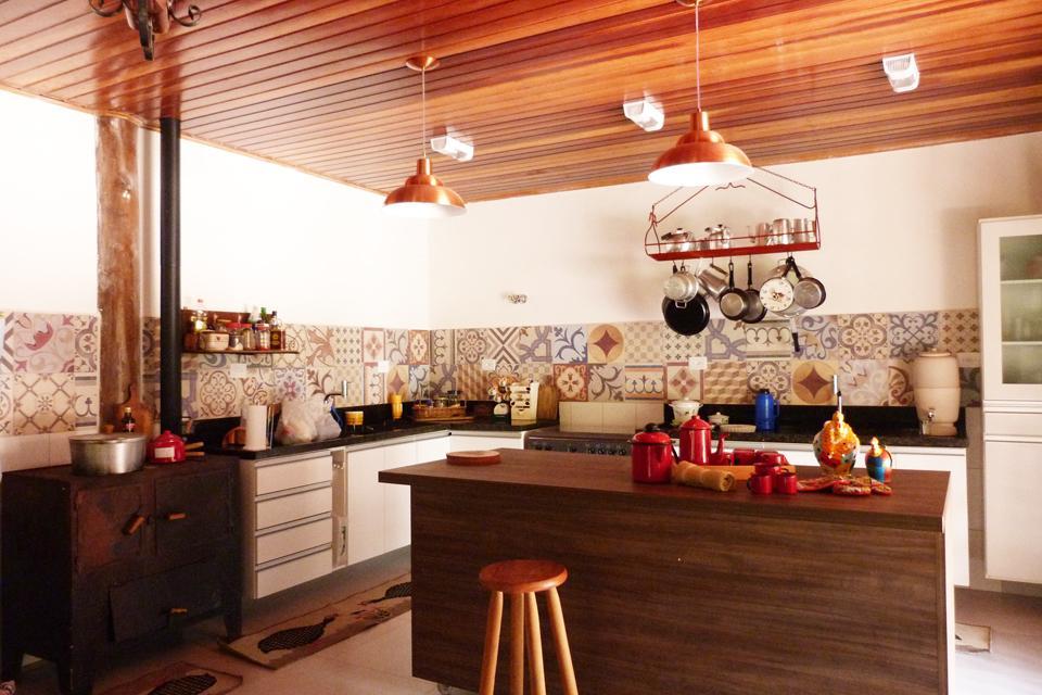 Cozinhas com fogo a lenha  Fotos  Toda Atual