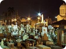Día de todos los santos, de los muertos, de las brujas, y Halloween