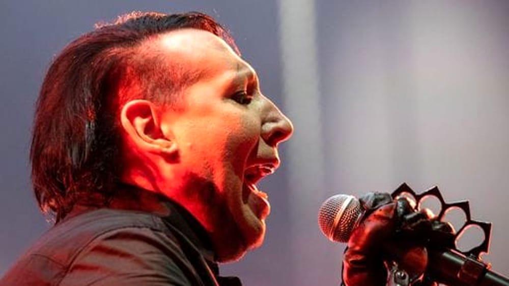 Malore per Marilyn Manson