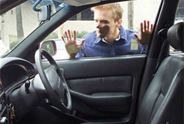Lock-Your-Keys-In-Your-Car