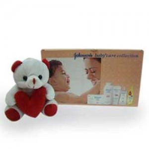 Johnson Baby Gift Hamper With 6 Inch Teddy