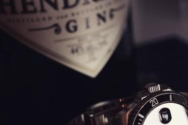 gin Hendricks и Rolex Submariner