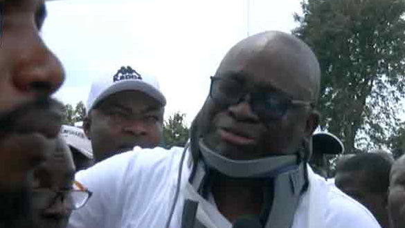 Fayose's neck collar, sling was not fixed by professionals- Doctor