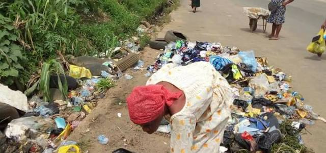 Juju scare: Woman caught picking used diapers, sanitary pad from dump site