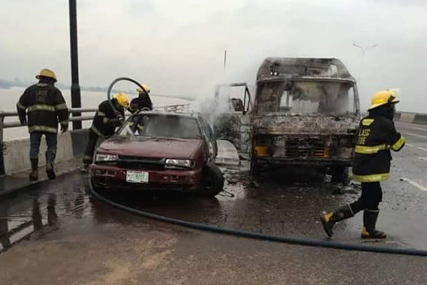 Fully loaded commercial bus catches fire on Third Mainland Bridge (Photos)