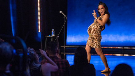 Photo of pregnant comedian Ali Wong on stage