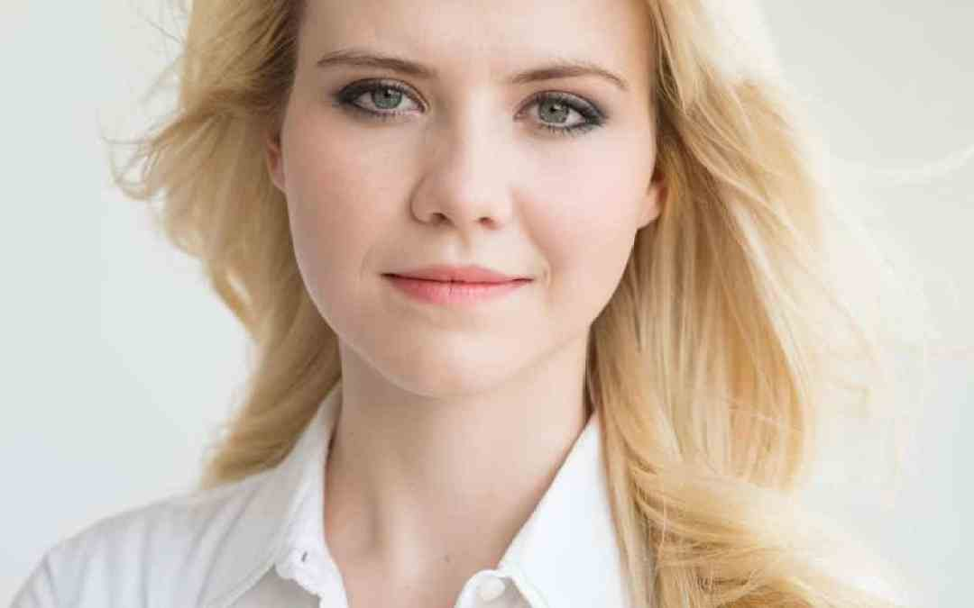 Elizabeth Smart Will Be at This Event — and We Have Tickets