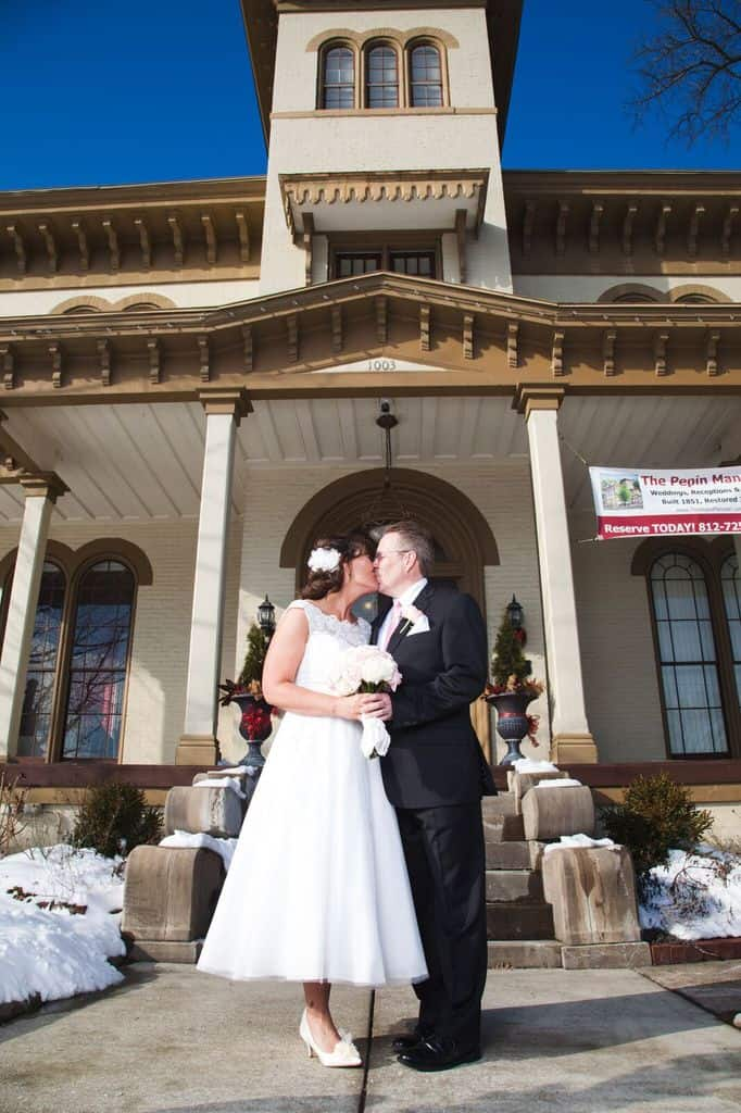 An Intimate Winter Wedding