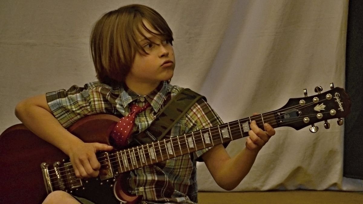 max on guitar