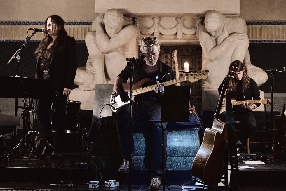 «GRABER: Letzte Worte» live im alten Krematorium Sihlfeld am 24. September 2020. Foto: Corinne Koch.