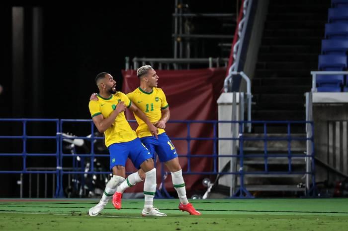 VIDEO: La barbaridad del fichaje del Atleti que optó al Puskas y fue mejor gol de 2019 en Alemania