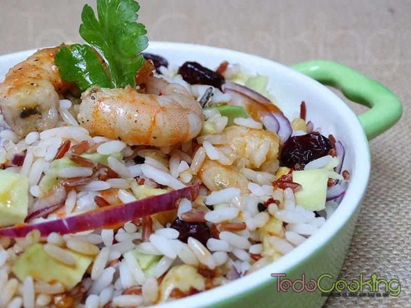 Ensalada de arroz con gambas