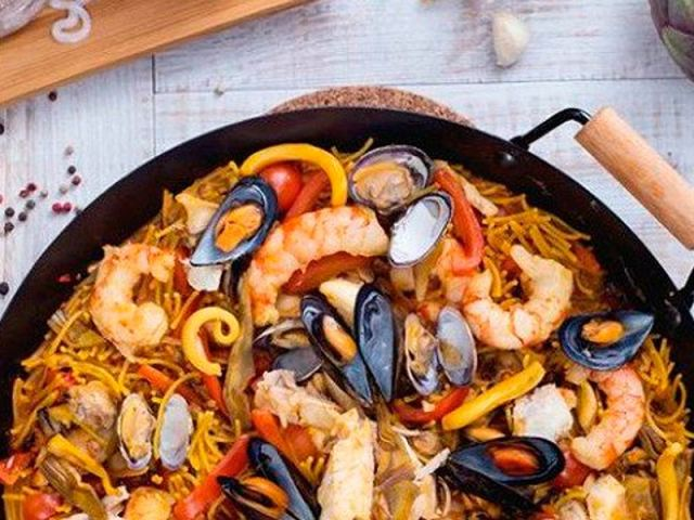 Fideua de pescado - recetas fáciles de toda la vida