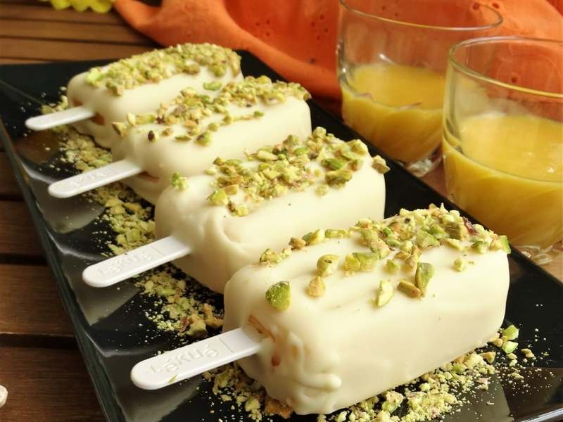 Recetas de helados y polos caseros. Helado de mango y chocolate blanco