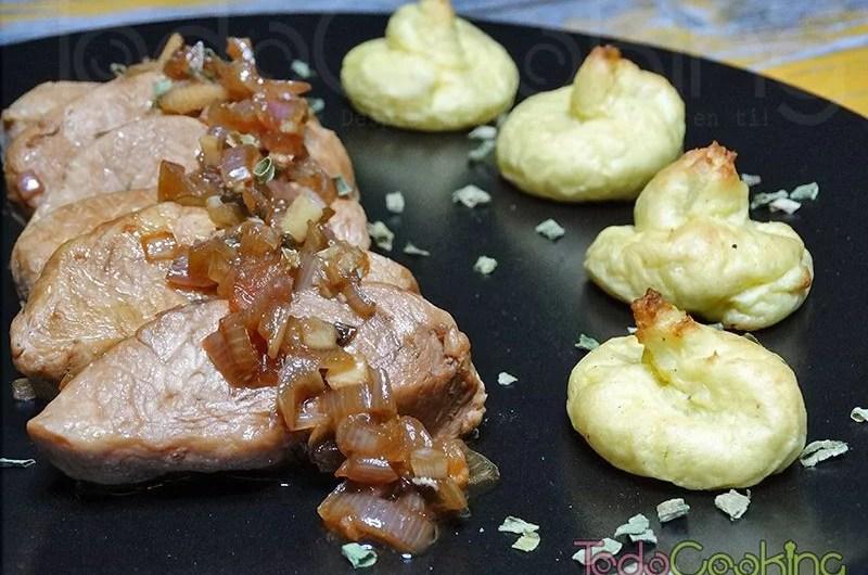Solomillo de pavo en salsa de soja y lima con patatas duquesa 01