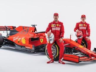 Sebastian Vettel y Charles Leclerc, con el Ferrari 2019