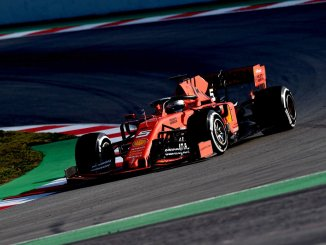 Sebastian Vettel, rodando con el Ferrari durante los test en Barcelona