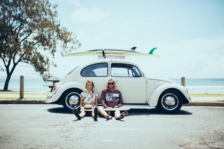 meter tablas de surf en un coche
